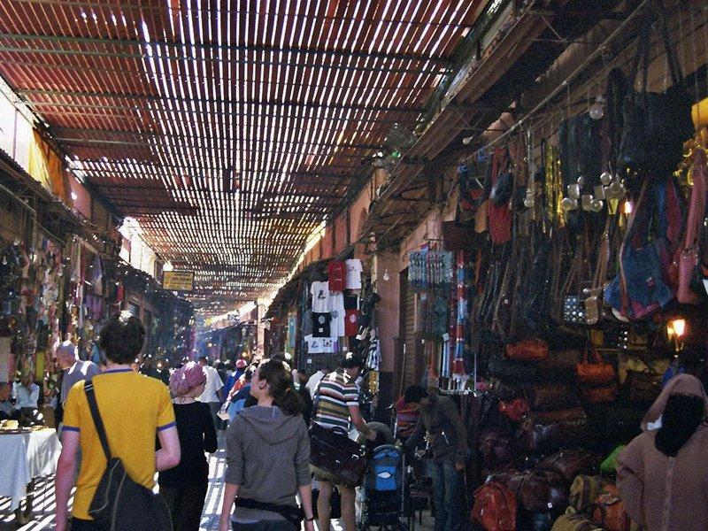 Shopping in der Medina von Marrakesch