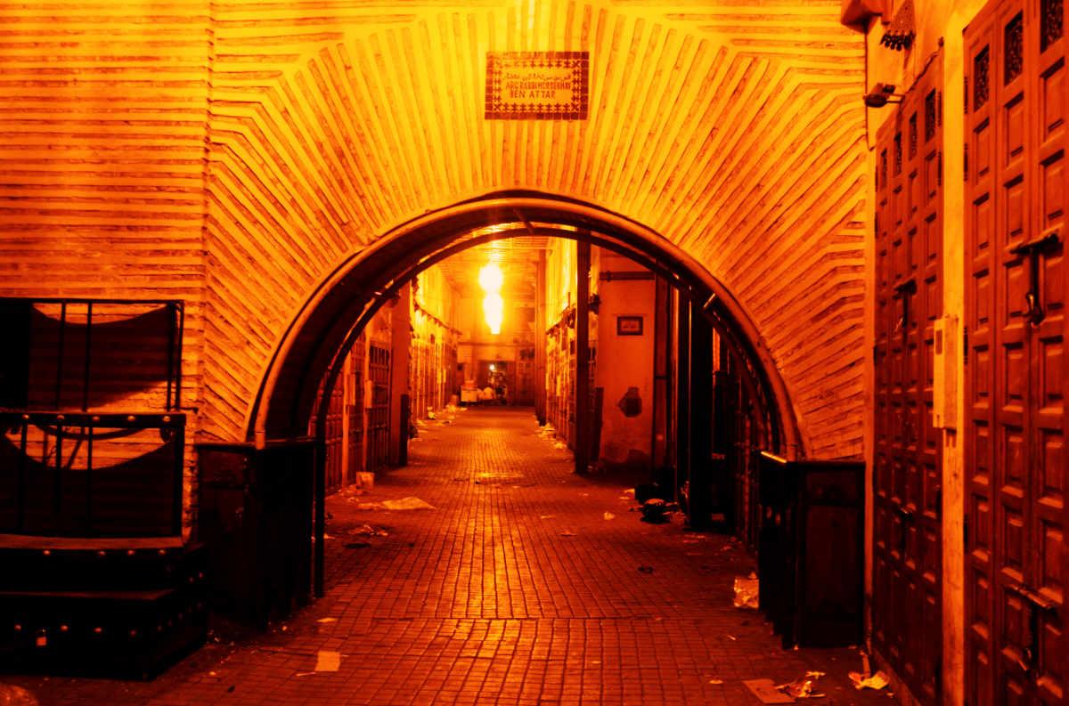 Nachts in der Medina von Marrakesch