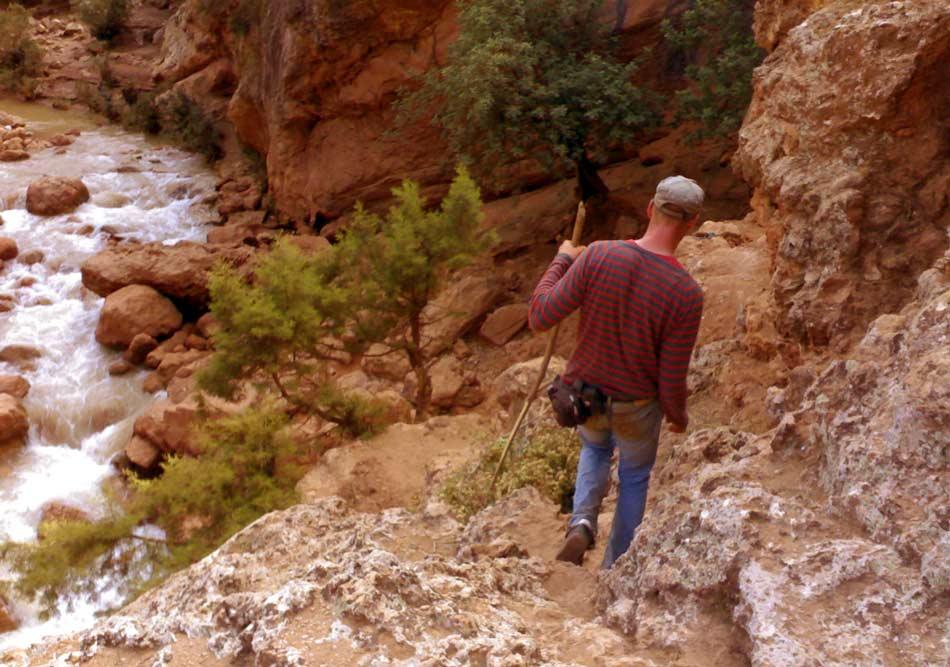 Wandeern im Tal von Ouzoud (Marokko)