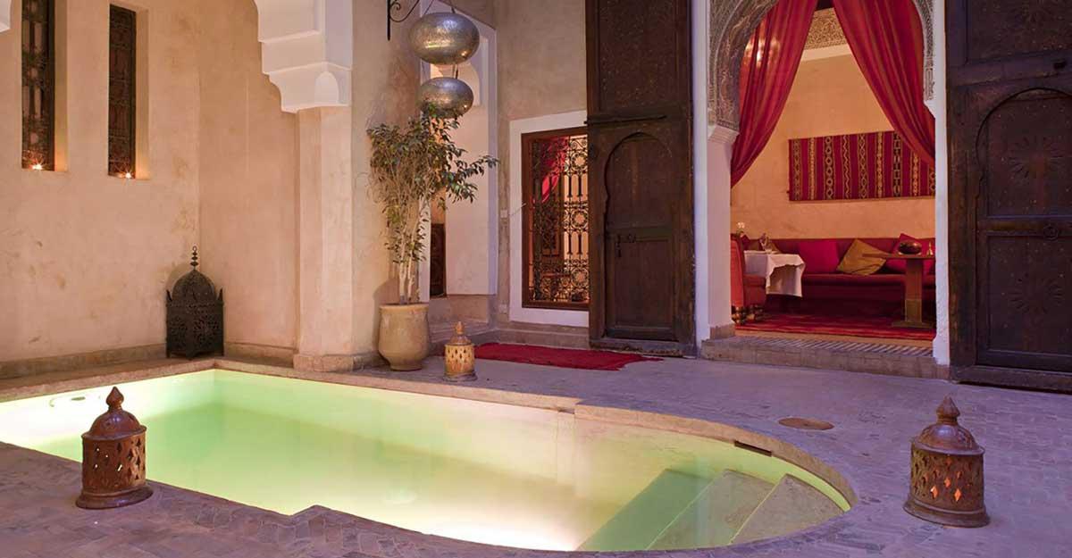 Pool im kinderfreundlichen Luxus-Riad Zolah