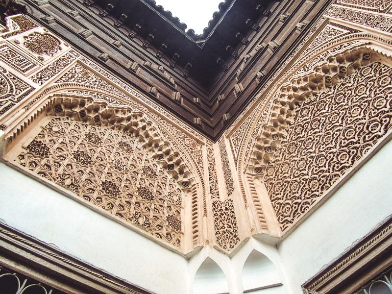 Andalusisch-Maurische Dekoration im Bahia-Palast Marrakesch