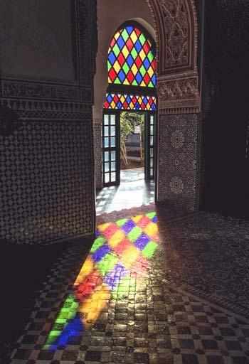Lichtspiel im Marrakesch Bahia-Palast im großen Riad